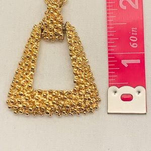 VTG Conventry GOLD TONE pendant w/ necklace
